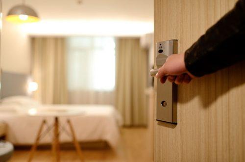Hotellrom som åpnes